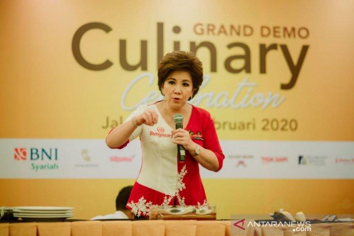 Masyarakat Jakarta antusias ikuti demo membuat kue oleh Chef Achen