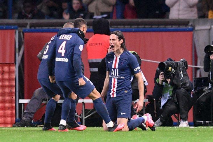 Liga Prancis, Cavani akhirnya cetak gol saat PSG benamkan Lyon 4-2