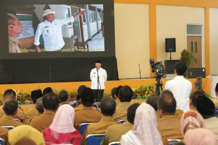 Gubernur Wahidin ingatkan kepala sekolah tidak korupsi