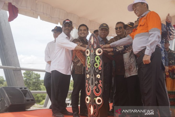 PUPR Minister firstly finds infrastructure project funded by CSR in Tapin