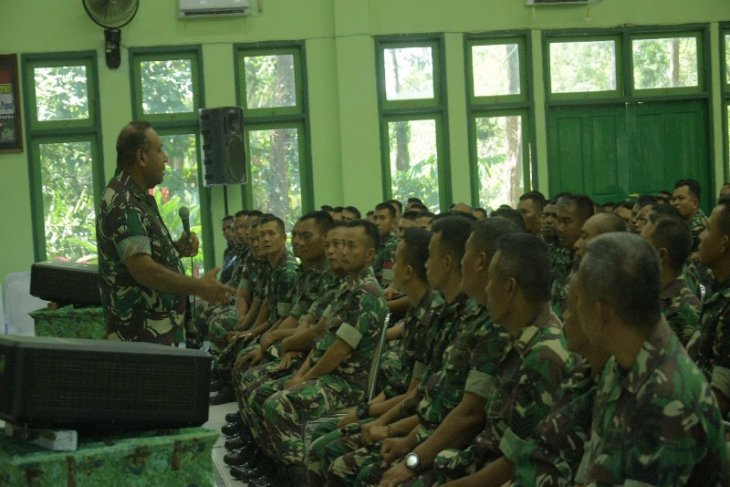 Respect native Papuans' cultural norms, traditions: military officer