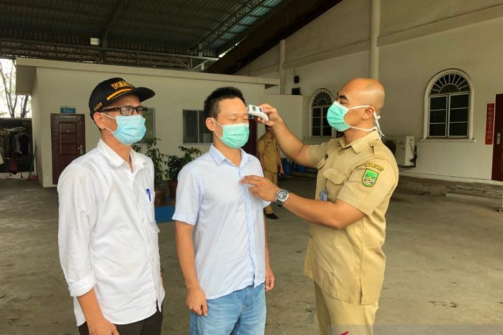 Dozens of Chinese workers quarantined in Batam