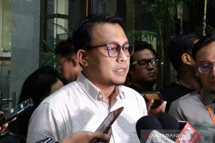 KPK panggil advokat PDIP Donny Tri Istiqomah, terkait kasus PAW