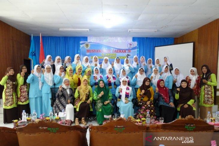 Istri Bupati HST berharap guru PAUD juga sejahtera