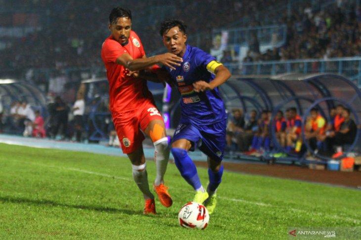 Persija vs Arema imbang, semifinal Piala Gubernur pertemukan Singo Edan vs Persebaya
