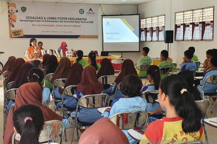 Tambang Emas Martabe sosialisasi praktik K3 kepada pelajar SMPN 2 Batang Toru