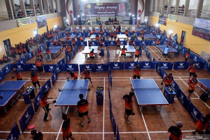 Turnamen tenis meja ditangguhkan karena COVID-19