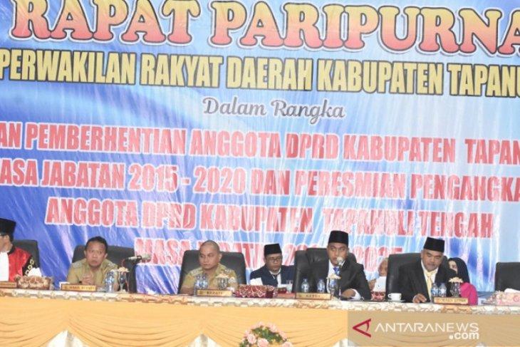 Khairul Pasaribu Ketua DPRD Tapteng sementara, Agus Panggabean wakil