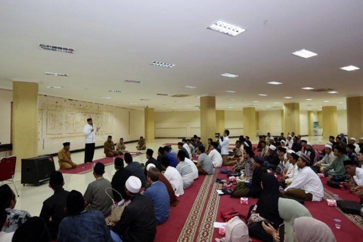 Pemprov Banten anggarkan hibah Rp117 miliar untuk 3.926 pesantren