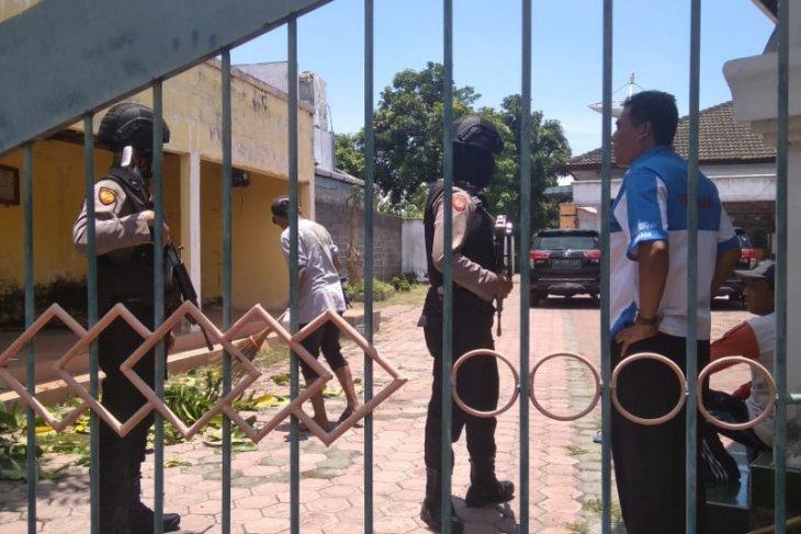 Tim KPK kembali geledah rumah dua anggota DPRD Tulungagung