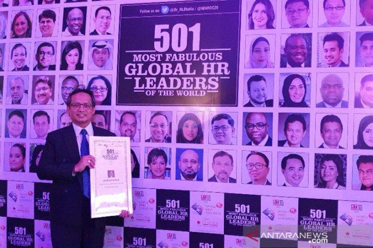 Mantan Direktur Antara Meraih Global HR Leaders Award