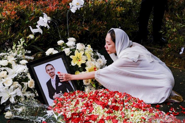 Mengenang Ashraf Sinclair, cinta sejatinya Bunga Citra Lestari