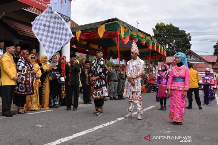 Susi Pudjiastuti ikut meriahkan karnaval budaya HUT Kota Takengon