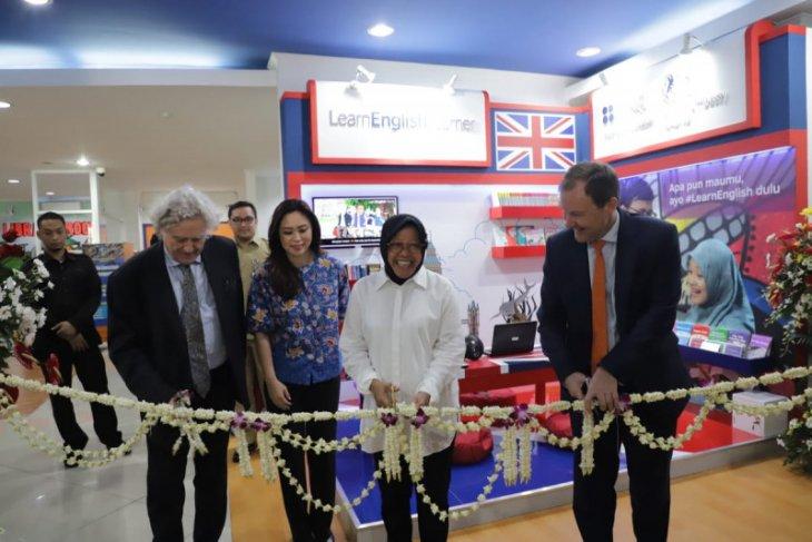 Learn English Corner buka di Perpustakaan Balai Pemuda Surabaya
