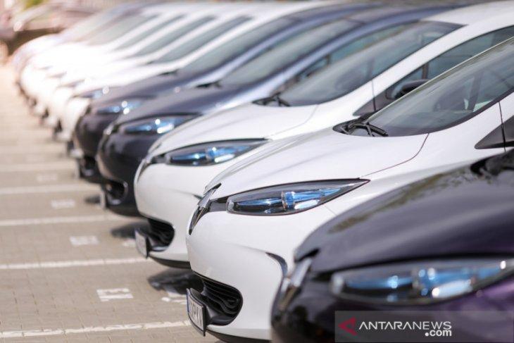 Penjualan mobil di ASEAN merosot 38,4 persen