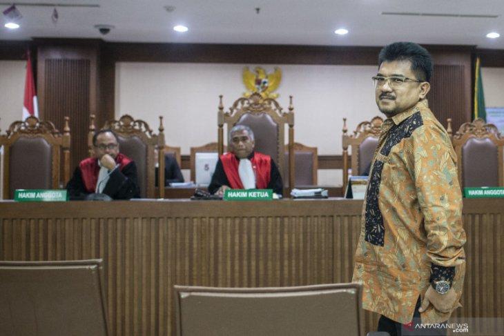 Mantan kepala kantor pajak, Yul Dirga divonis 6,5 tahun penjara