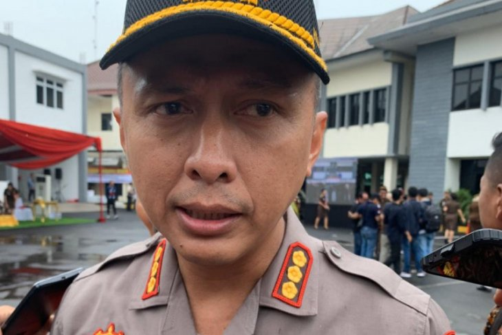 Polisi buru pelaku pembacokan pada tawuran pelajar di Bekasi