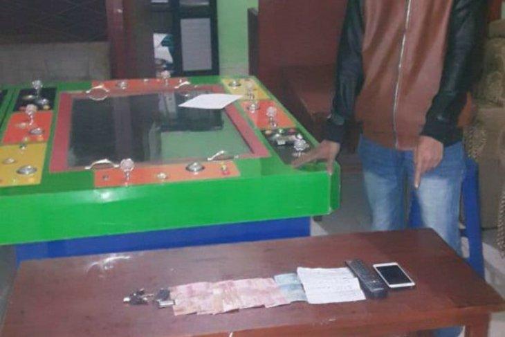 Polisi gerebek dua lokasi judi tembak ikan di Seribu Dolok Simalungun