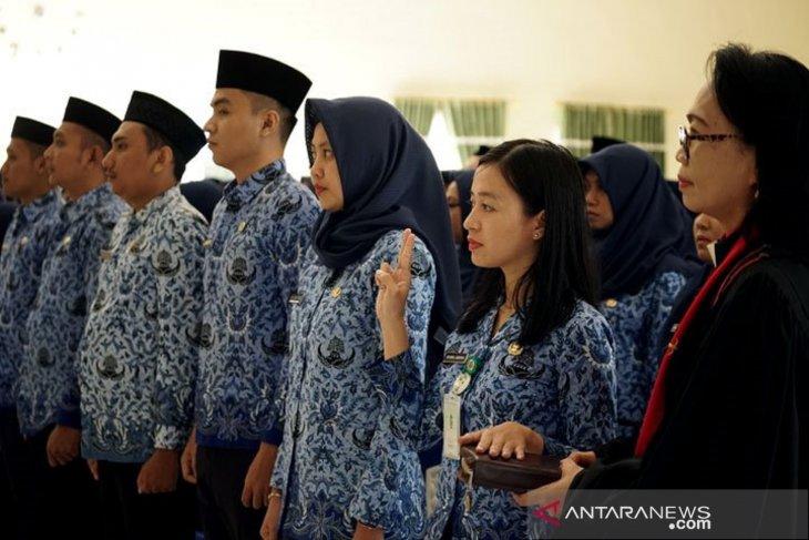Bupati Gorontalo minta ASN baru dilantik kerja dengan baik