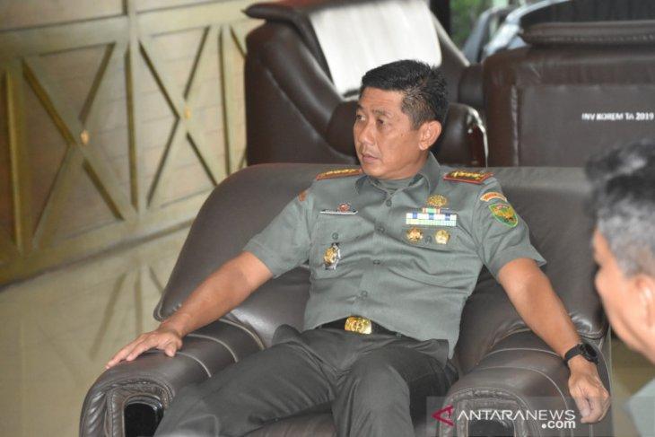 Jajaran Korem 044/Garuda Dempo  bantu masyarakat terdampak COVID-19