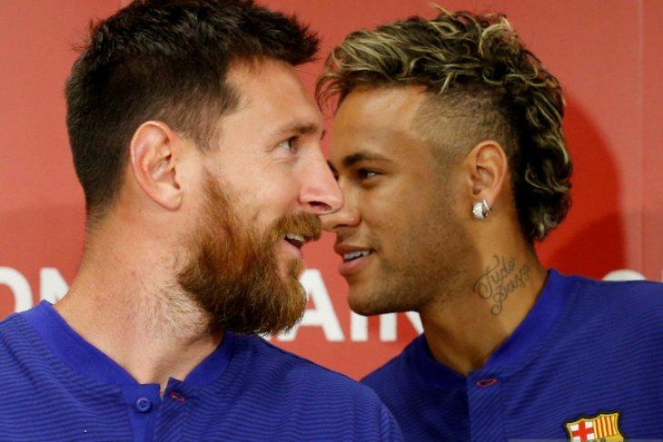 Liga Prancis: Neymar berbicara dengan Messi soal gabung PSG