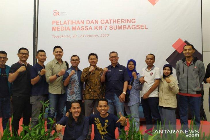 OJK gelar pelatihan dan gathering media massa KR 7