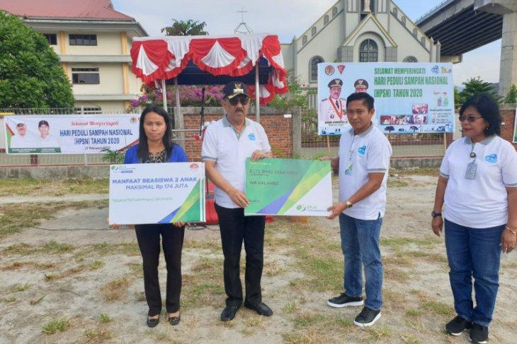 BPJamsostek Maluku serahkan santunan JKM kepada ahli waris petugas kebersihan