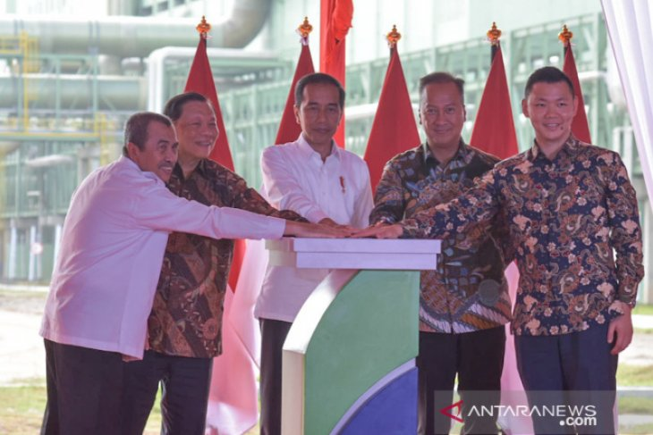 Presiden resmikan pabrik APR di Riau