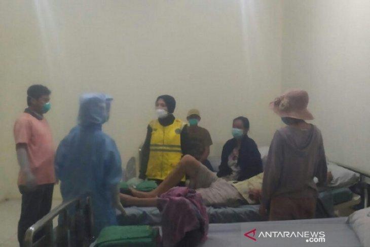 Five stranded foreign nationals placed under observation in Bengkalis