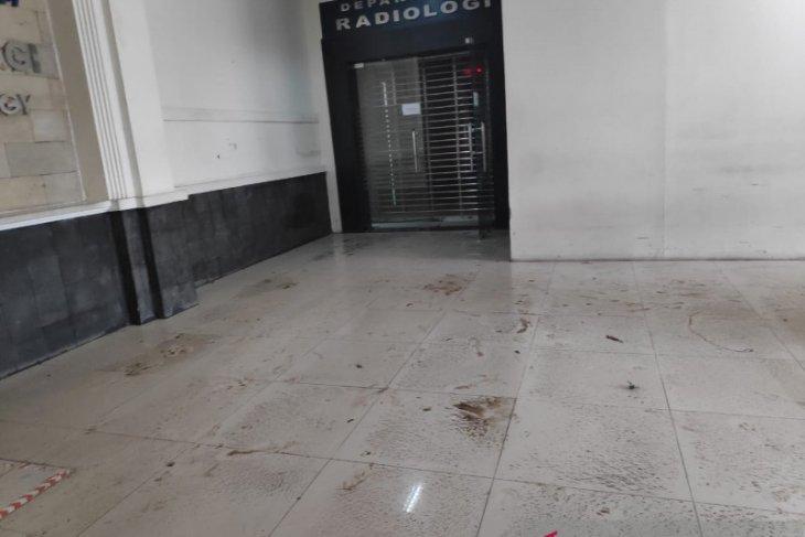 RSCM Jakarta kebanjiran akibat hujan lebat sejak Sabtu malam