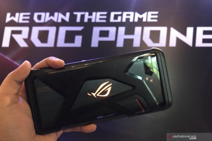ROG Phone II, ponsel gaming mumpuni dengan performa tinggi