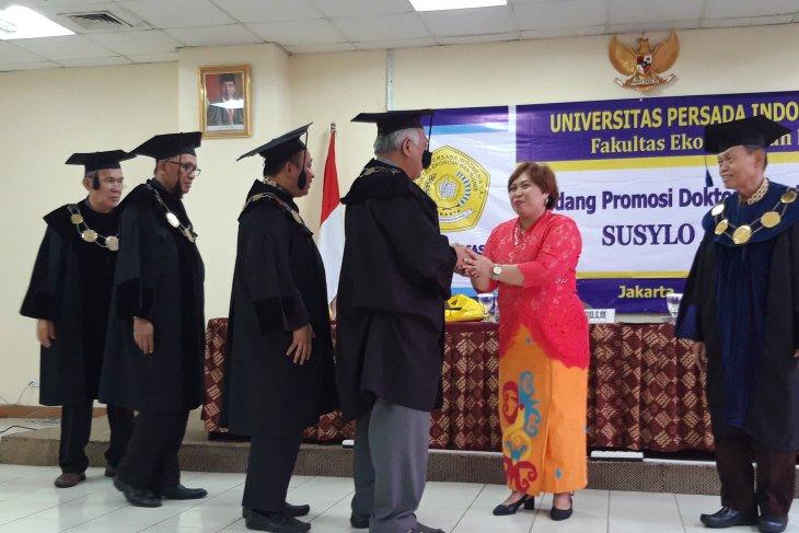 Wartawan LKBN ANTARA raih gelar doktor ilmu manajemen