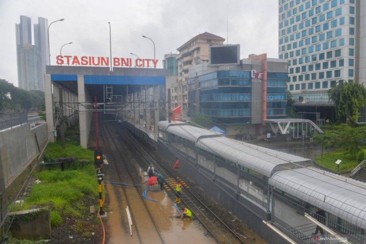 Daop Surabaya kembali batalkan  perjalanan KA tujuan Jakarta