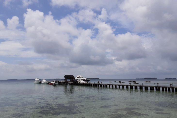PLN sets up generator on Sebaru Island