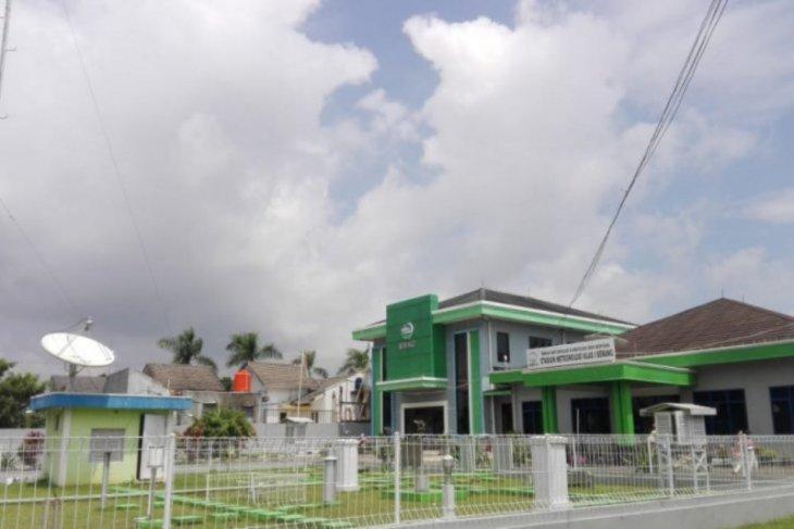 BMKG Serang minta masyarakat waspadai puncak musim hujan