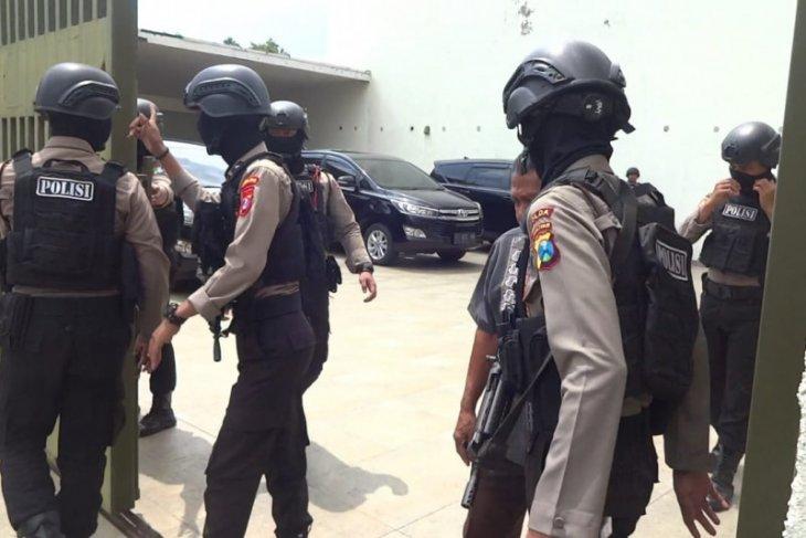 KPK tidak temukan dokumen saat geledah rumah mertua Nurhadi di Tulungagung