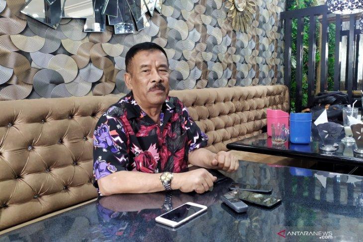 Haji Umuh nyatakan mundur dari Manajer Persib