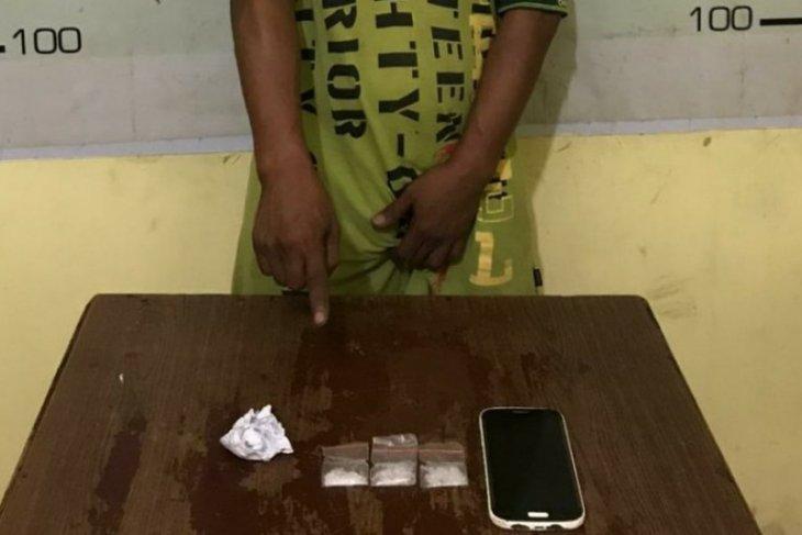 Satres Narkoba Polres Simalungun tangkap pengedar sabu asal Pematangsiantar