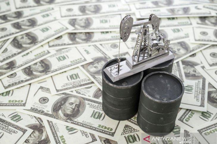 Harga minyak tergelincir di tengah kekhawatiran penurunan permintaan