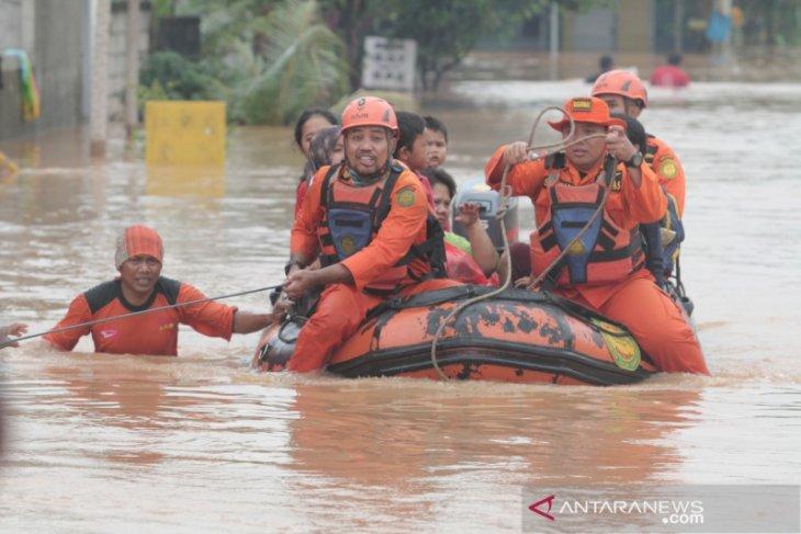 Banjir meluas, Karawang tetapkan status tanggap darurat bencana