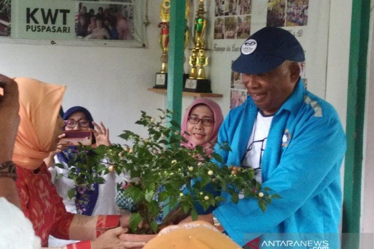 Lantip Indonesia belajar buat pupuk organik di Kota Bogor