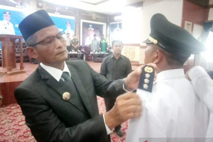 Lima kepala dinas dan empat camat di Nagan Raya diganti