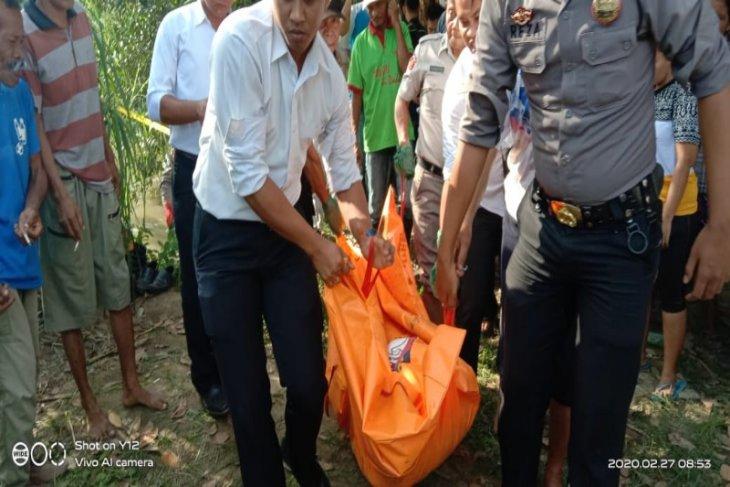 Mayat Zulkarnaen ditemukan hanyut di Sungai Padang.