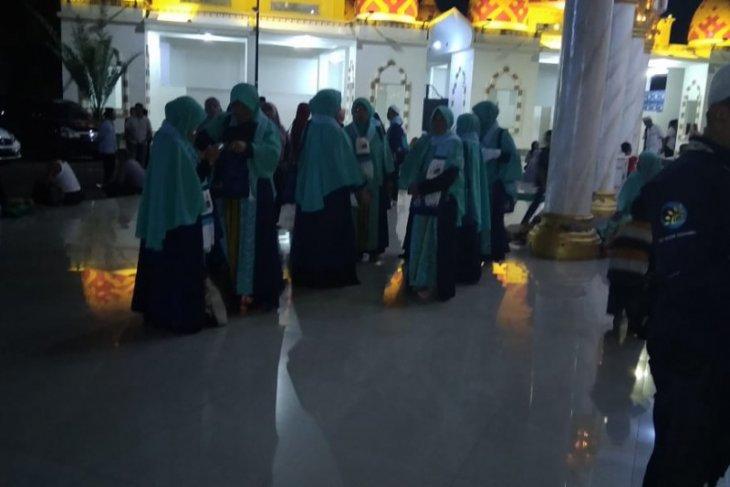 Puluhan jemaah umrah batal berangkat, PPIU di Jember jadwal ulang keberangkatan