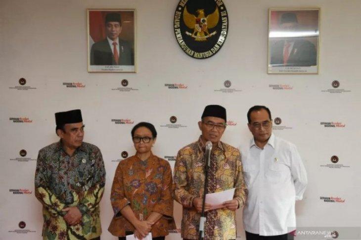 Saat ini masih banyak jamaah umroh Indonesia dan negara lain di Mekkah