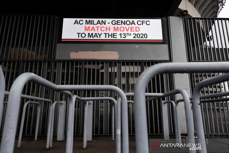 Terkait wabah corona, semua laga Serie A dimainkan di stadion tertutup