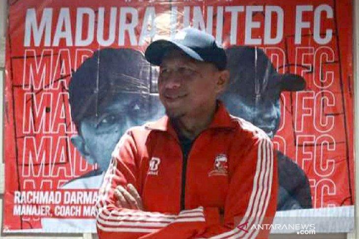 Manajer Madura United RD ingin pemain-pemainnya bermain lepas lawan PSS