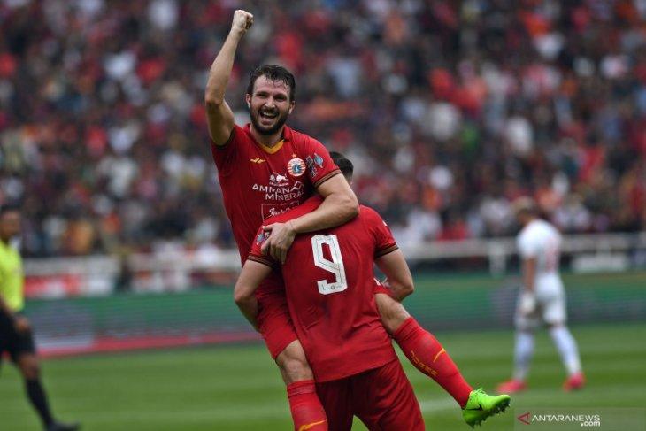 Pemain Persija, Marco Motta berharap Liga 1 Indonesia bisa kembali bergulir