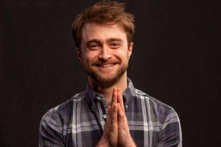 Daniel Radcliffe bantah dirinya terjangkit virus corona