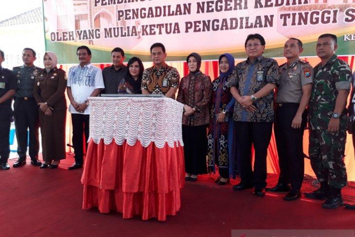 Wali Kota Kediri dukung pembangunan masjid di Pengadilan Negeri Kediri